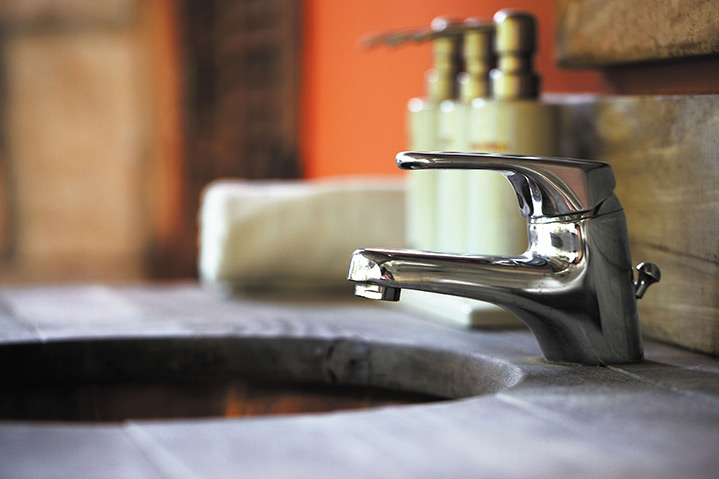 A2B Plumbers are able to fix any leaking taps you may have in Alfreton.